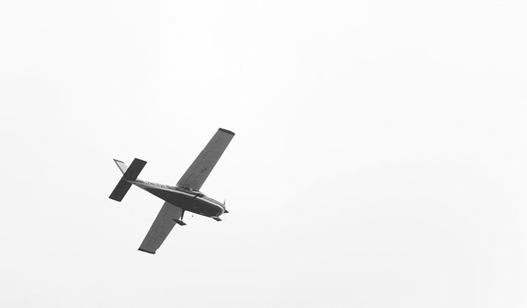 An airplane as a symbol for an effective landing page